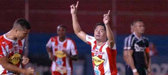 F9 Reynaldo Tilguath vs Honduras