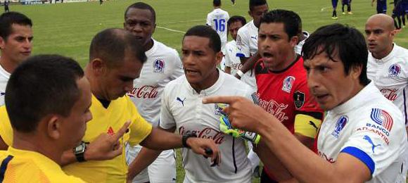 Fecha14 Arbitros Olimpia Motagua