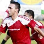 Doblete de Essaú Paz mete en semifinales a Atlético Municipal