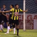 Edder Delgado mantiene en la pelea a Real España