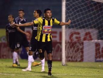 Edder Delgado anotó el gol del triunfo ante Honduras Progreso