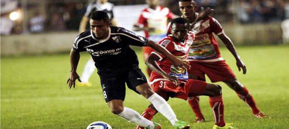 Partido de vuelta repesca Apertura 2014 entre Honduras Progreso y Real Sociedad el 22 Nov 2014