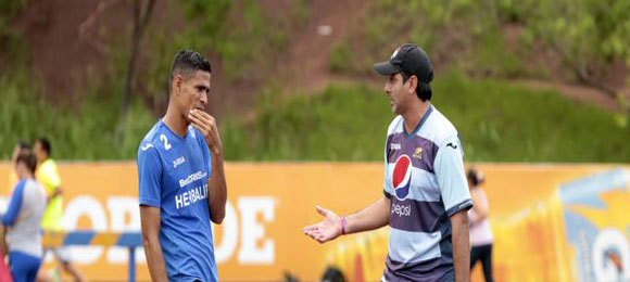 El capitan del Motagua Juan Pablo Montes está en duda para el domingo contra Olimpia