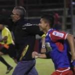 Donaldo Morales agrandado y Bodden efectivo