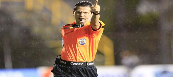 Arbitro Henry Bejarano