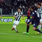 Cagliari de David Suazo no está salvo del descenso
