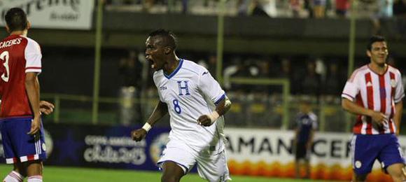 Gol Rubilio Castillo vs Paraguay 6-6-2015