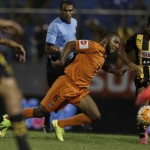 Real España propinó segunda derrota al Motagua