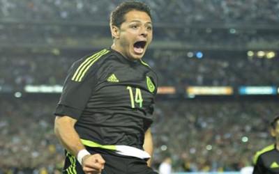 Javier Hernandez anoto el gol del triunfo contra Chile