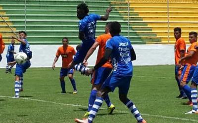 La Sub-23 jugó dos partidos amistosos el domingo 17 de Julio, 2016 contra equipos de la Liga de Ascenso en Comayagua. (Foto cortesía Fenafuth)