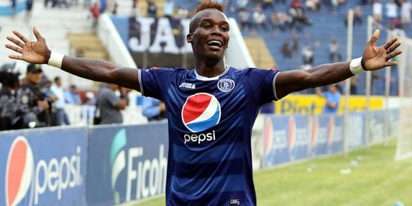 Román Rubilio Castillo anotó el primer hat-trick del Apertura 2016 el 14 de Agosto, 2016