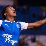 Víctor Moncada derribó a Pumas y devolvió esperanzas a Honduras Progreso