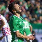 Croacia acaba invicto de México en jornada histórica para Chicharito Hernández