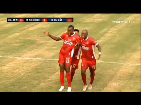 Real-Sociedad-sale-del-fondo-derrotando-al-Real-Espala-1