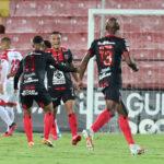 Alajuelense y Alex López avanzan a cuartos de final