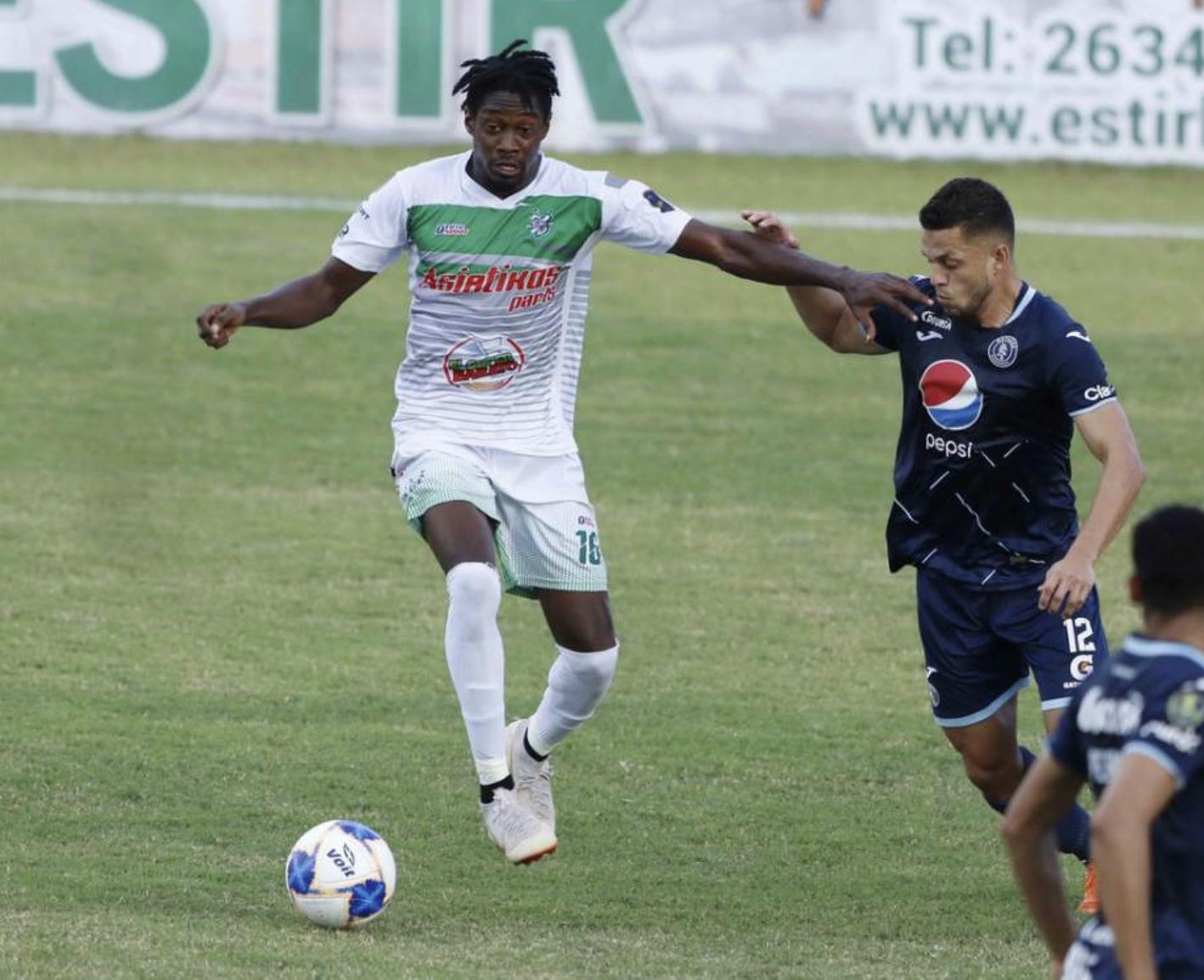Carlos Roberto Bernardez Platense