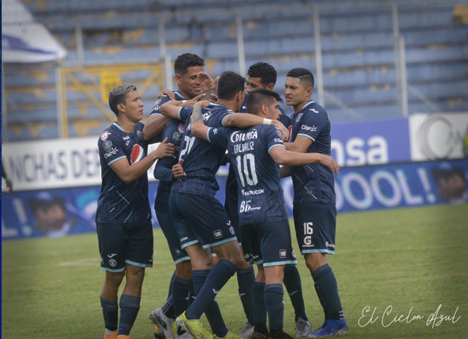 Gol Roberto Moreira vs Real de Minas